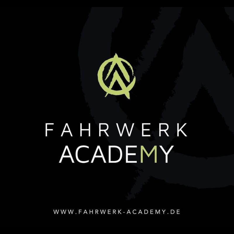 Logo: Fahrschule Fahrwerk M